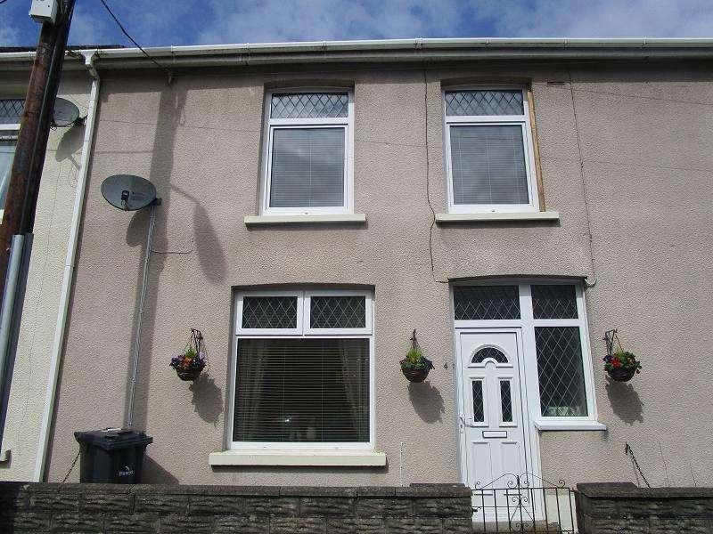 3 Bedrooms Terraced House for sale in Bridge Street, Lower Cwmtwrch, Swansea.