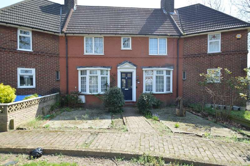2 Bedrooms Terraced House for sale in Becontree Avenue, Dagenham