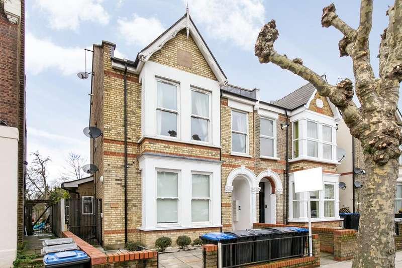 1 Bedroom Ground Flat for sale in Greenhill Park, Harlesden