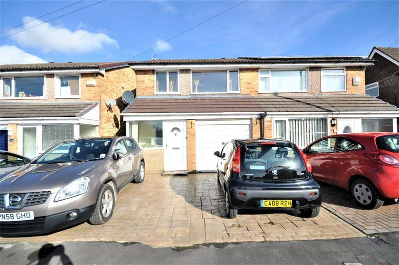 3 Bedrooms Semi Detached House for sale in Heversham Avenue, Fulwood, Preston, Lancashire, PR2 9TD