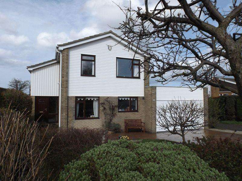 4 Bedrooms Detached House for sale in The Knoll, Ellington