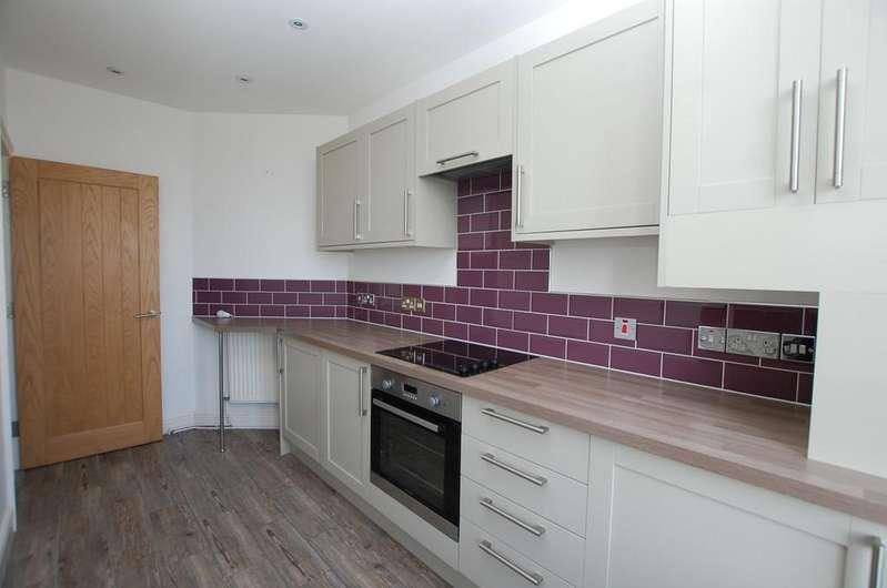 2 Bedrooms Apartment Flat for sale in Cadogan Road, Cromer