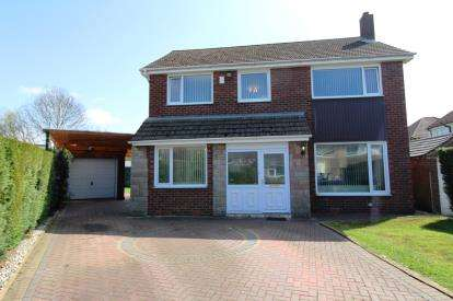 4 Bedrooms Detached House for sale in Vaudrey Drive, Cheadle Hulme, Cheadle, Cheshire