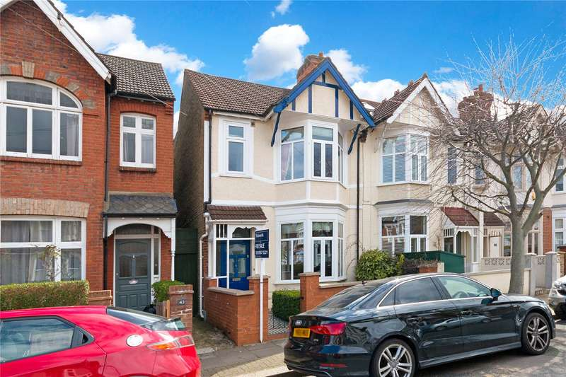 4 Bedrooms End Of Terrace House for sale in Nimrod Road, London, SW16