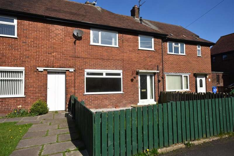 4 Bedrooms Terraced House for sale in Birch Road, Chorley