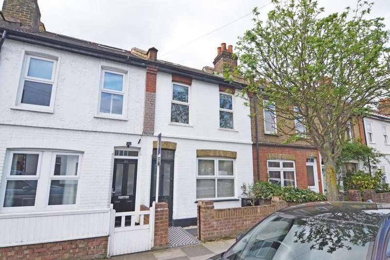 3 Bedrooms Terraced House for sale in Shacklegate Lane, Teddington, TW11