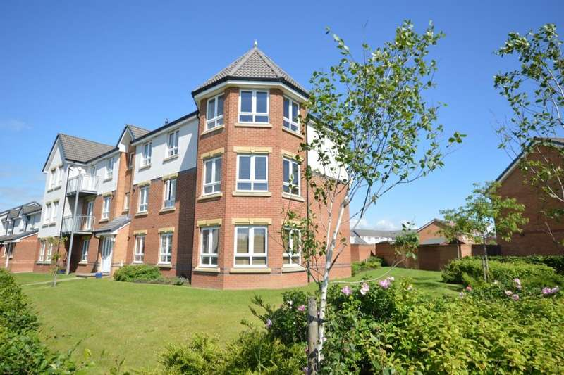 3 Bedrooms Flat for sale in Robert Adam Drive, Kirkcaldy, KY2