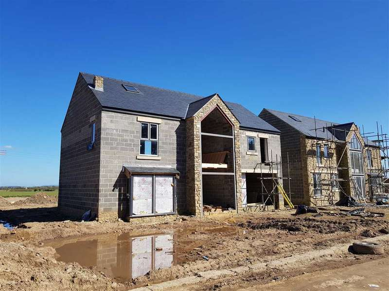 4 Bedrooms Detached House for sale in Lea Close Farm, Middleton Road, Sadberge, Darlington