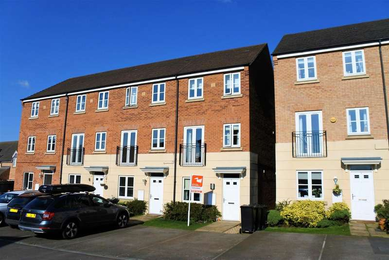 4 Bedrooms Detached House for sale in Hartington Close, Grantham