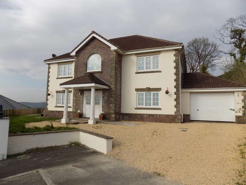 6 Bedrooms Detached House for sale in The Oaks , Cimla, Neath, Neath Port Talbot. SA11 3RJ