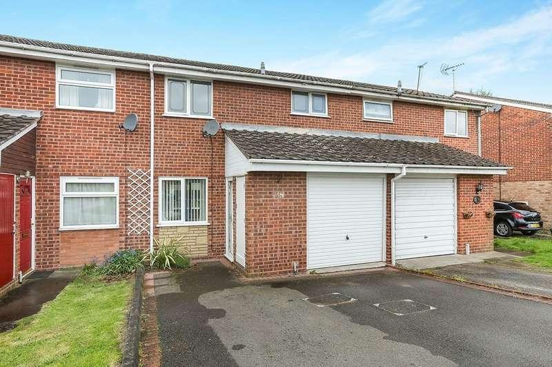 3 Bedrooms Property for sale in Churnet Grove, Perton, Wolverhampton, WV6