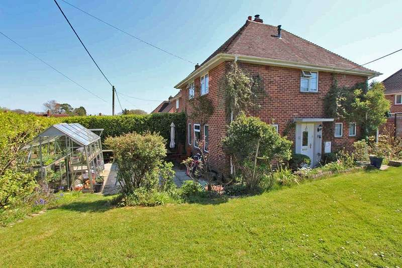 3 Bedrooms Semi Detached House for sale in Setthorns Road, Sway, Lymington