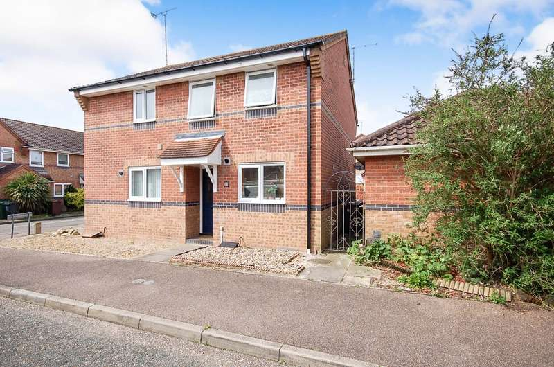 2 Bedrooms Semi Detached House for sale in Sorrel Drive, Thetford