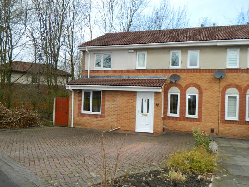 4 Bedrooms Semi Detached House for sale in Gleneagles, Bolton, BL3
