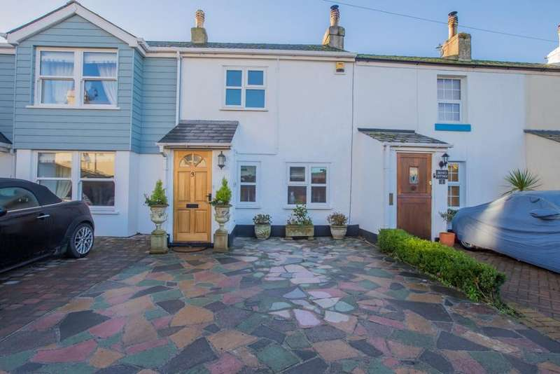 2 Bedrooms Terraced House for sale in Babbacombe Downs Road, Torquay, TQ1