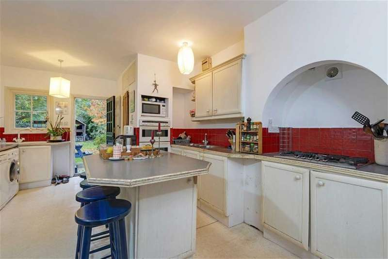 4 Bedrooms Semi Detached House for sale in Richborough Road, Cricklewood, London, NW2