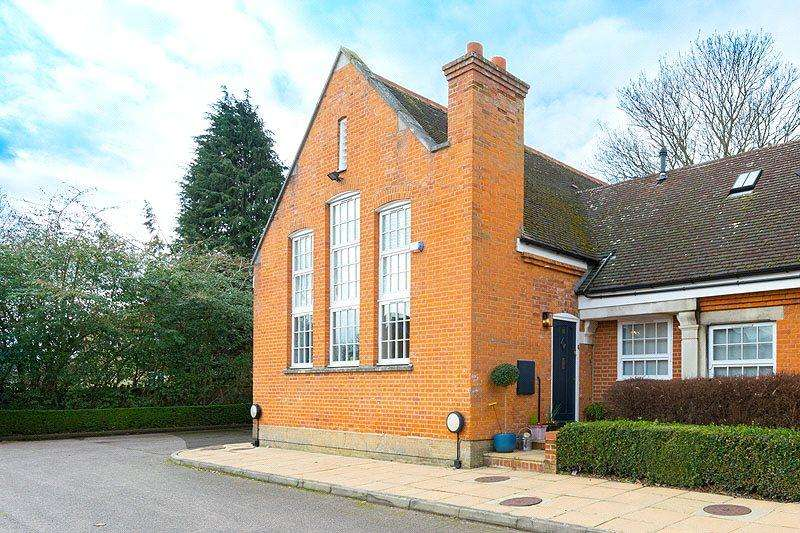 2 Bedrooms House for sale in Old Priory Park, Old London Road, St Albans