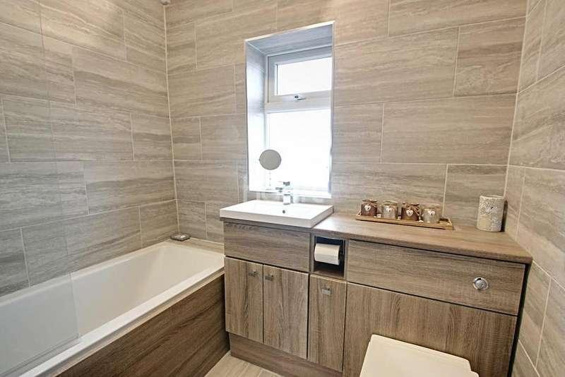 3 Bedrooms Semi Detached House for sale in Sandy Lane, Hucknall
