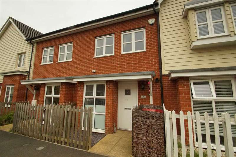 3 Bedrooms Terraced House for sale in Amesbury Road, Cippenham, Slough