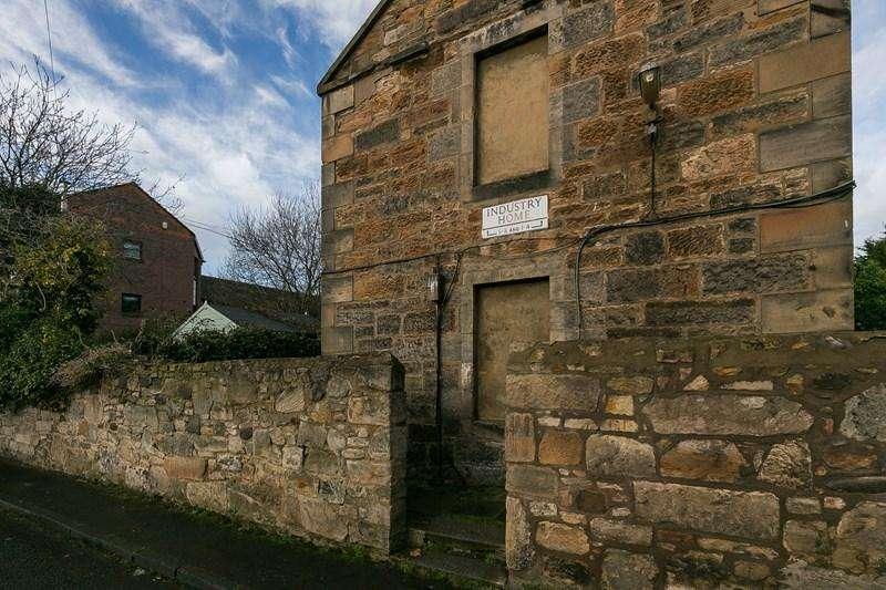 2 Bedrooms Property for sale in 8 Industry Lane, Trinity, Edinburgh, EH6 4HA