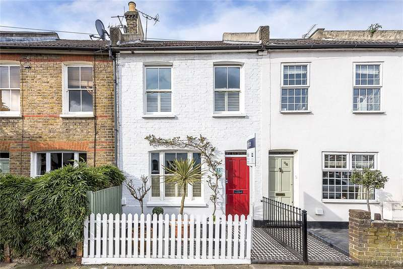 3 Bedrooms Terraced House for sale in Mereway Road, Twickenham, TW2