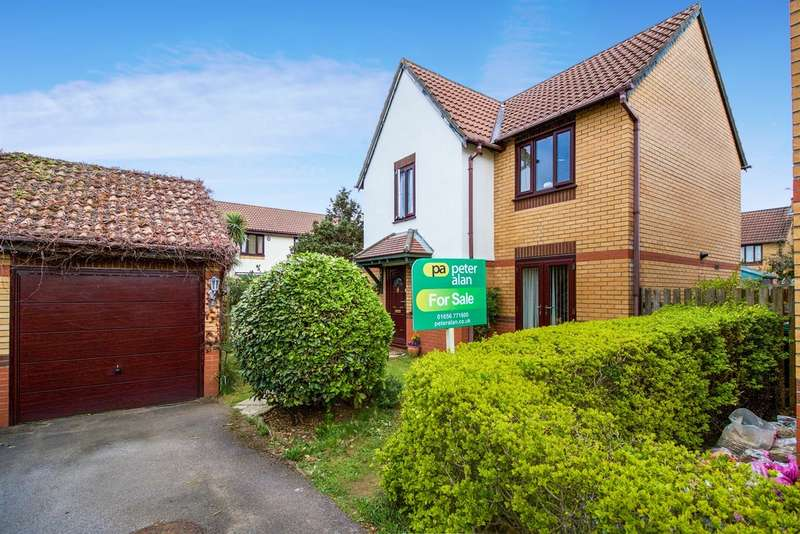 3 Bedrooms Detached House for sale in Oaktree Drive, Newton, Porthcawl