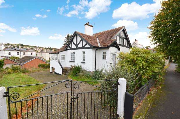 5 Bedrooms Detached House for sale in West Cliff Road, Dawlish, Devon