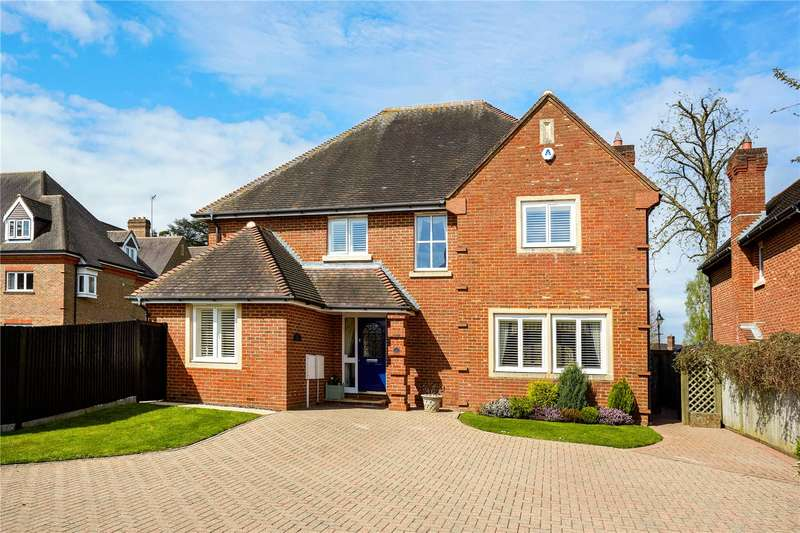 5 Bedrooms Detached House for sale in Highacre, Dorking, Surrey, RH4