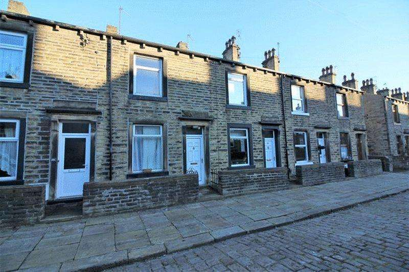 2 Bedrooms Terraced House for rent in Cheltenham Place, Halifax