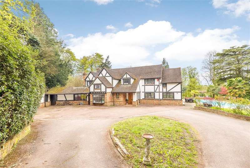 6 Bedrooms Detached House for sale in Commonwood, Kings Langley, Hertfordshire, WD4