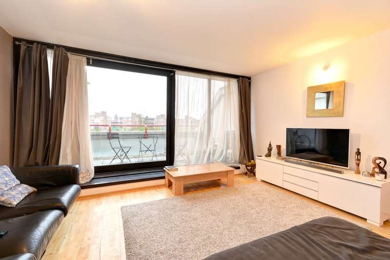1 Bedroom Flat for sale in Rowley Way, London, NW8