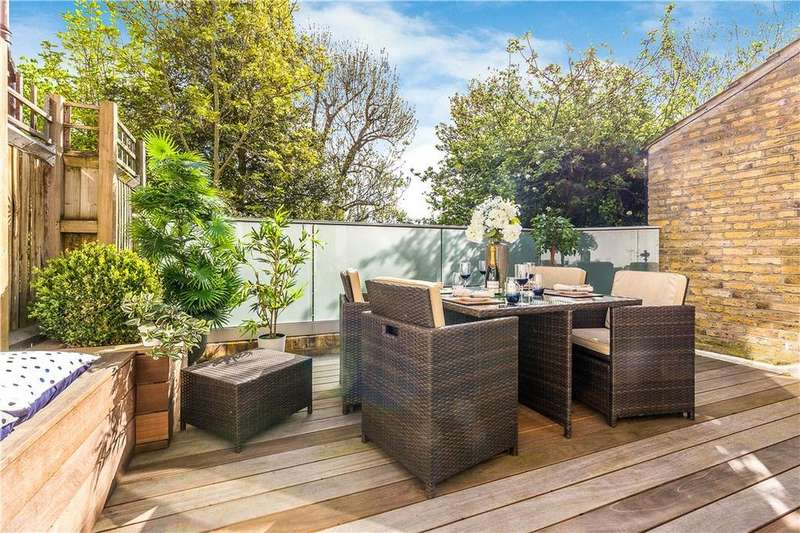 1 Bedroom Flat for sale in Home Park Road, SW19