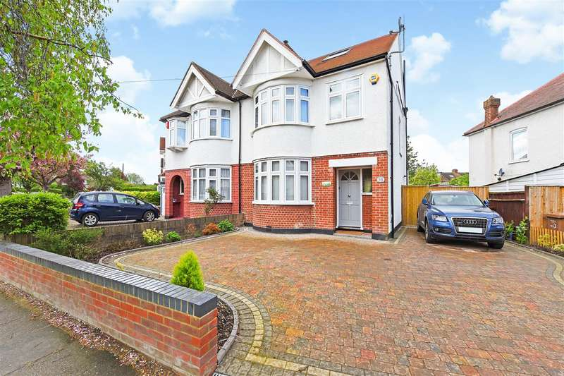 4 Bedrooms Semi Detached House for sale in Monkleigh Road, Morden