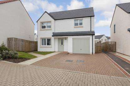 4 Bedrooms Detached House for sale in Sheil Place, East Calder