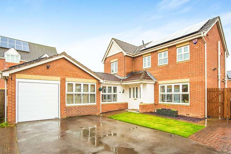 4 Bedrooms Detached House for sale in Reeves Way, Armthorpe, Doncaster, DN3
