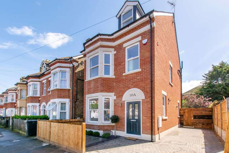5 Bedrooms House for sale in Elliott Road, Thornton Heath, CR7
