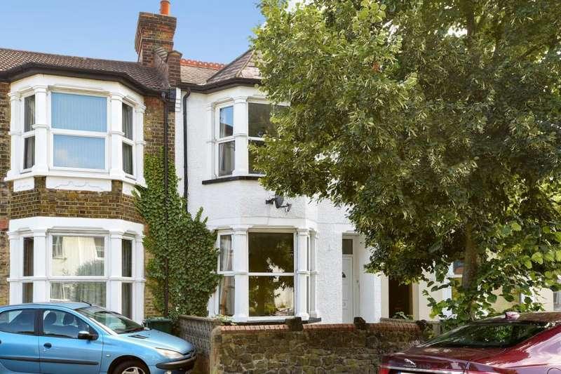 3 Bedrooms House for sale in Long Lane, N2 8JW, N2