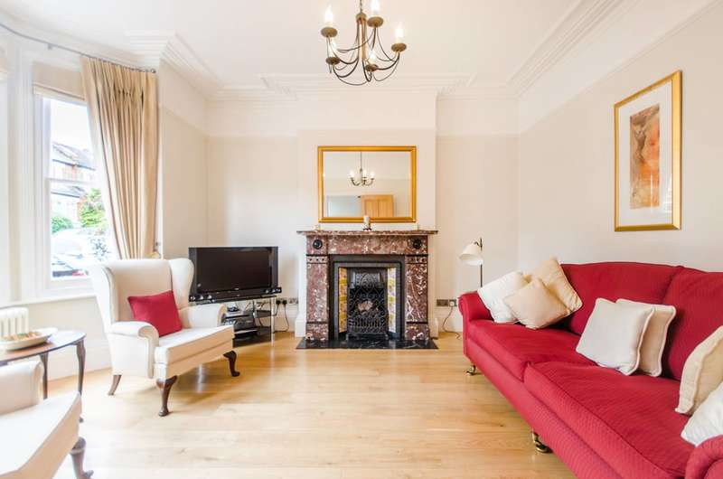 4 Bedrooms House for sale in Cleanthus Road, Shooters Hill, SE18