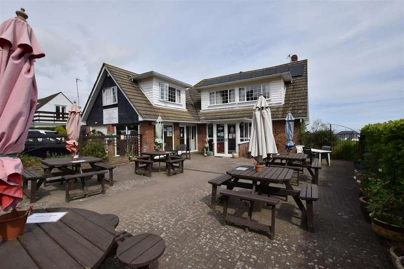 3 Bedrooms Detached House for sale in Coastguard Lane, Fairlight
