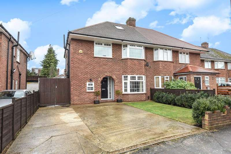 3 Bedrooms Detached House for sale in Langley, Berkshire, SL3