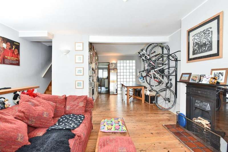 3 Bedrooms Terraced House for sale in Penrose Street, Walworth