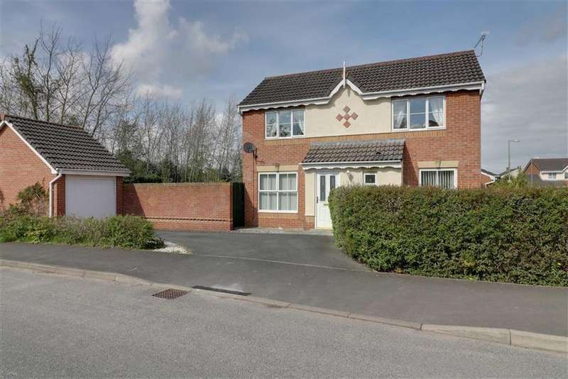 3 Bedrooms Detached House for sale in Pinewood Road, Winsford, Cheshire
