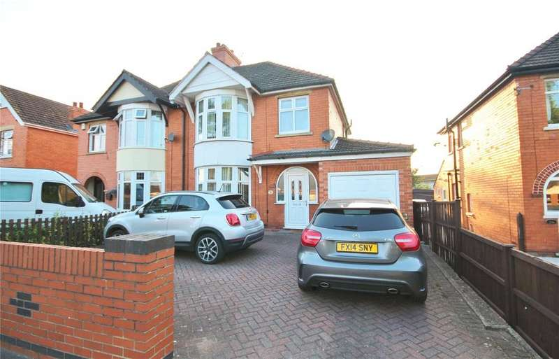 3 Bedrooms Semi Detached House for sale in Boultham Park Road, Lincoln, LN6