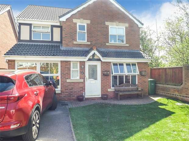 4 Bedrooms Detached House for sale in California Close, Great Sankey, Warrington, Cheshire
