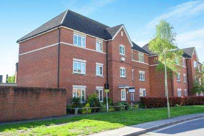 2 Bedrooms Flat for sale in North Baddesley, Hampshire
