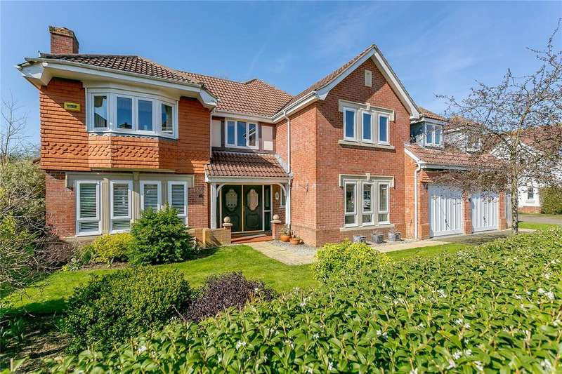5 Bedrooms Detached House for sale in Ontario Way, Liphook, Hampshire
