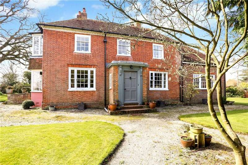 5 Bedrooms Detached House for sale in Farnham Road, Liss, Hampshire, GU33