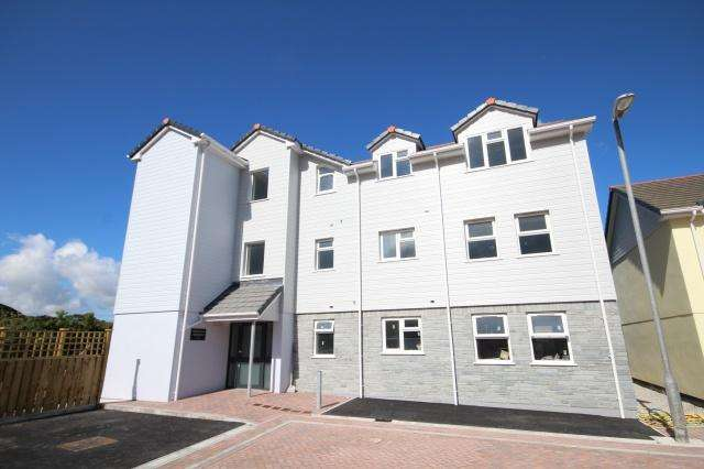 2 Bedrooms Apartment Flat for sale in Delabole