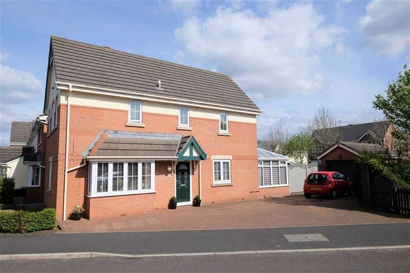3 Bedrooms Detached House for sale in Chandlers Rest, Lytham