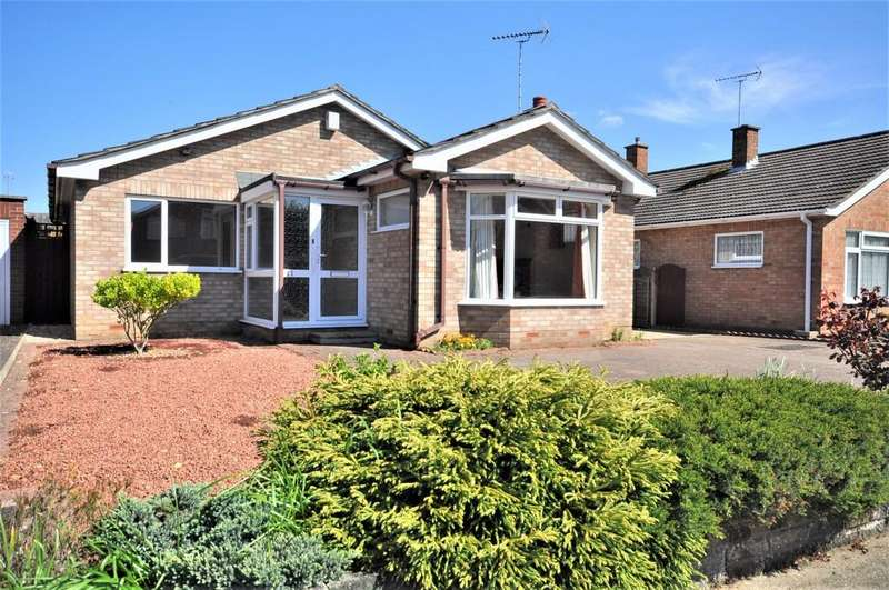 3 Bedrooms Detached Bungalow for sale in Landseer Road, Prettygate, CO3 4QR